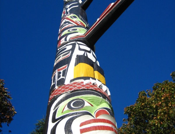 The Story Behind Beacon Hill Park's Story Pole