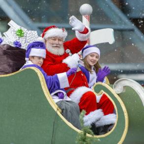 TELUS presents the Vancouver Santa Claus Parade 2017