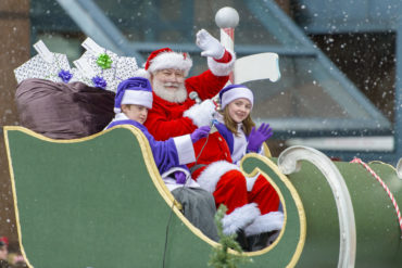 TELUS presents the Vancouver Santa Claus Parade 2017