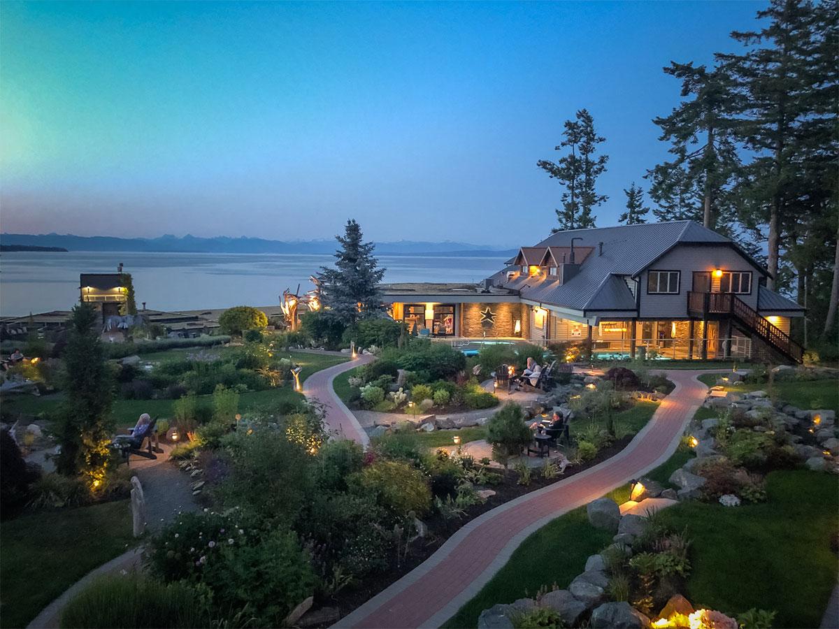 Ocean Courtyard Room View. Credit: Kingfisher Oceanside Resort & Spa.