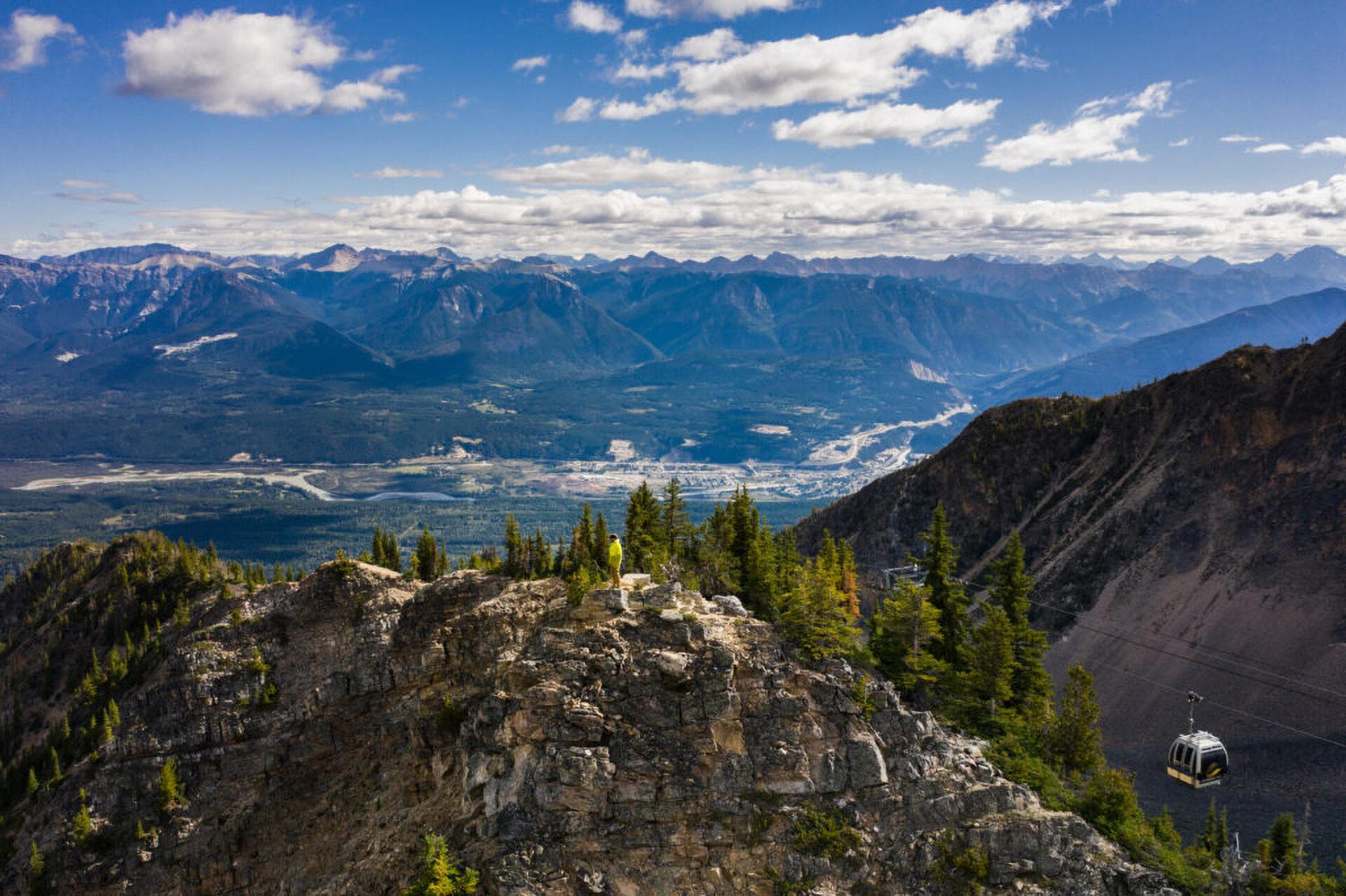 Kicking Horse Mountain Resort, overlooking the Rocky Mountains. Photo by Kootenay Rockies Tourism/Mitch Winton.