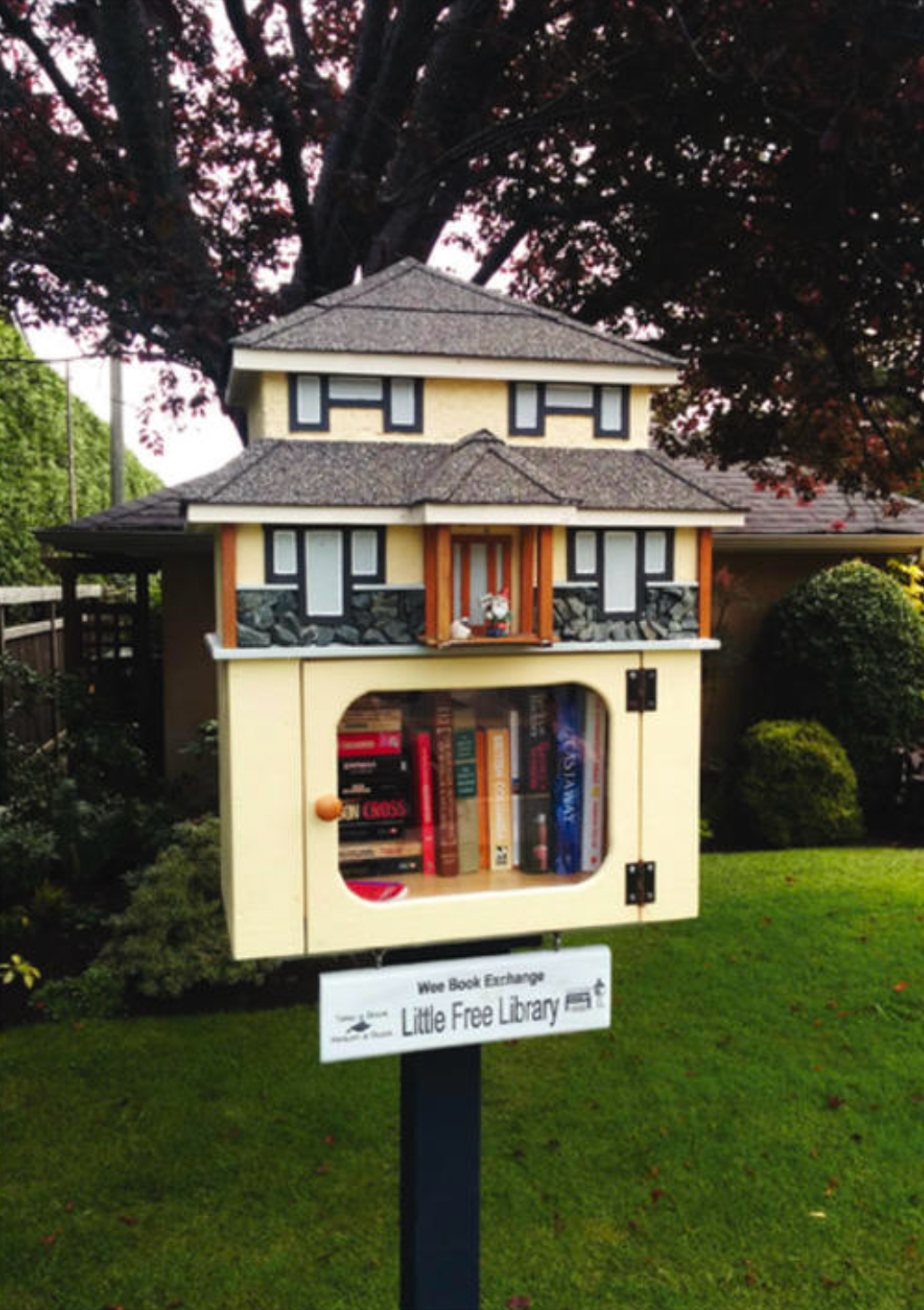 Free Little Libraries. Photo by Teale Phelps-Bondaroff.